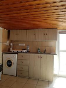 Strovolos-Studios-01-for-rent